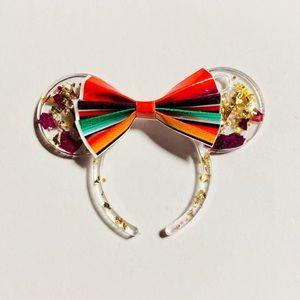 Minnie Mouse ears keychain